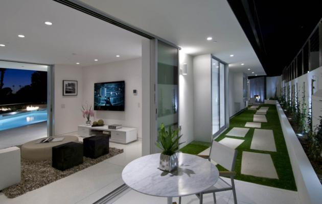 10 Million Doheny Residence in Hollywood Hills (14)