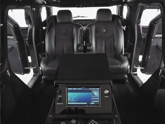 Fully Armored Knight XV SUV (1)
