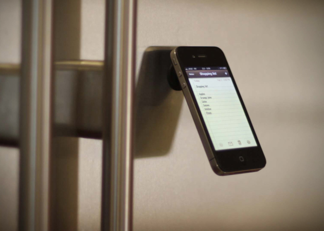 Suction Cup Oona Stand for Apple iPhone (1)