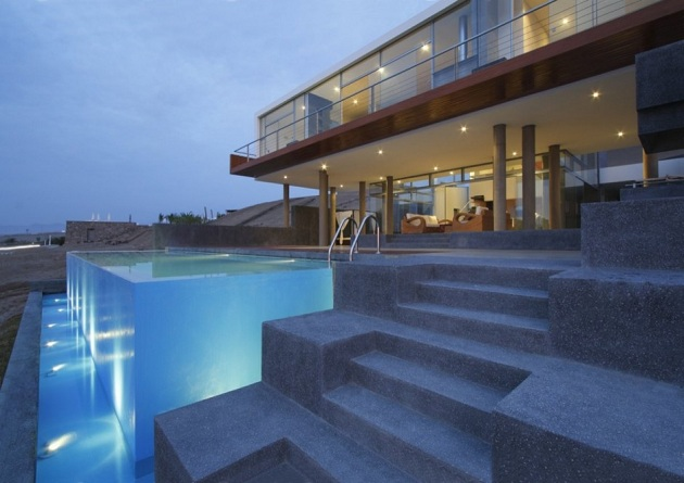Ultra Modern Bachelor Beach House Q by Longhi Architects (7)