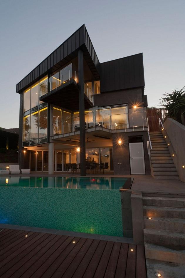 Modern Australian Maribyrnong Residence by Grant Maggs Architects (14)