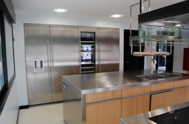 Modern Gomez Residence in Madrid Spain (2)