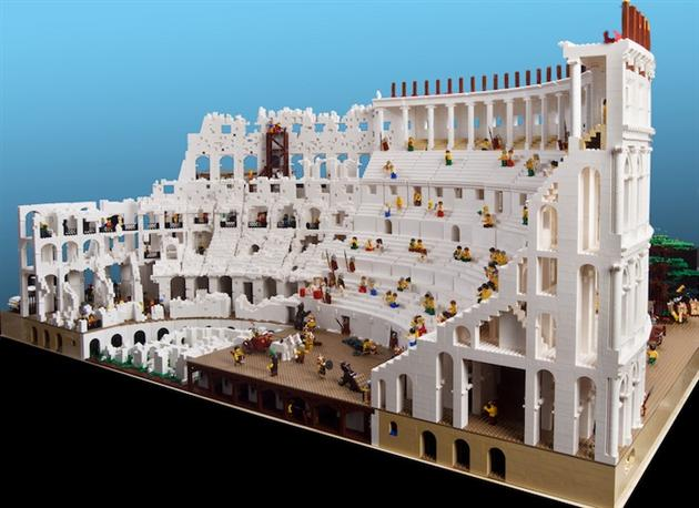World's First LEGO Colosseum by Ryan McNaught (2)