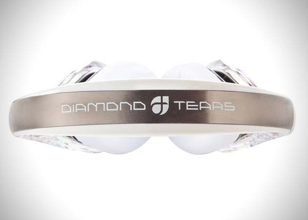 Diamond Tears Edge Headphones by Monster (2)