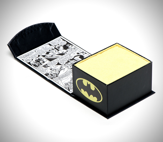 The Dark Knight Batman Cufflinks (1)