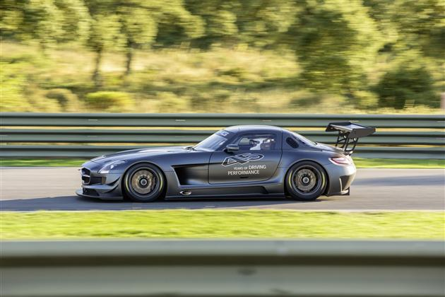 Mercedes-Benz SLS AMG GT3 45th Anniversary Edition (3)