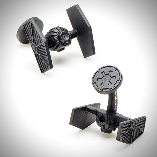 Star Wars 3-D Cufflinks (2)