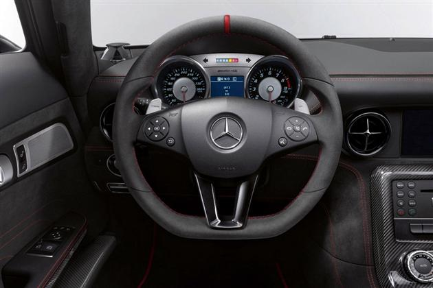 2014 Mercedes-Benz SLS AMG Black Series (4)