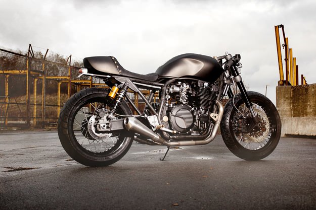Yamaha XJR1300 MonkeeFist by Wrenchmonkees (1)