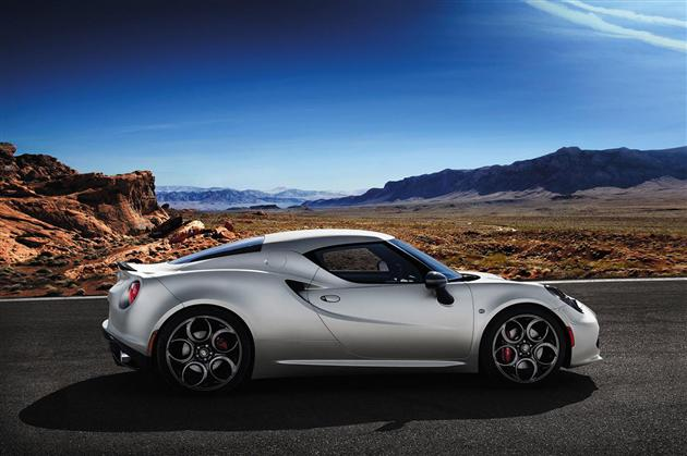 2014 Alfa Romeo 4C Launch Edition (3)