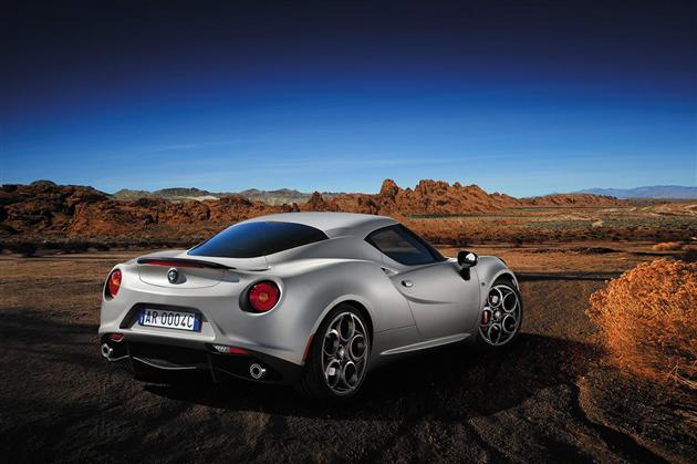 2014 Alfa Romeo 4C Launch Edition (2)