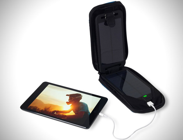 Solarmonkey Adventurer Portable Solar Charger (2)