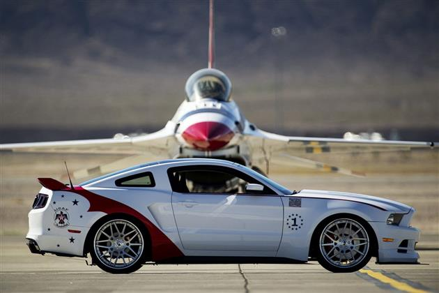 2014 Ford Mustang GT US Air Force Thunderbirds Edition 3