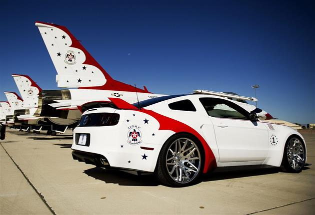2014 Ford Mustang GT US Air Force Thunderbirds Edition 4