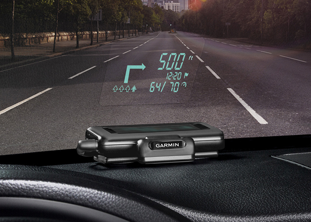 garmin heads up display navigation system hiconsumption. Black Bedroom Furniture Sets. Home Design Ideas