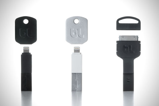 Kii Keychain iPhone Charger 3