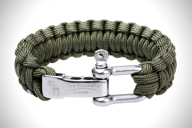 The Friendly Swede Paracord Survival Bracelet