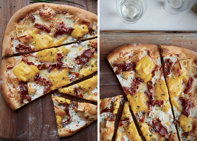 Bacon Egg Pizza