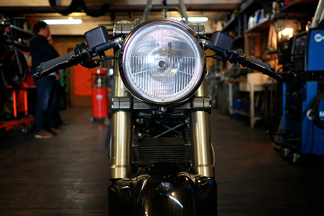 Ducati Monster 900 by Hazan Motorworks 4