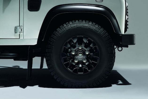 2015 Land Rover Defender Black and Silver Pack 3