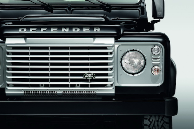 2015 Land Rover Defender Black and Silver Pack 6
