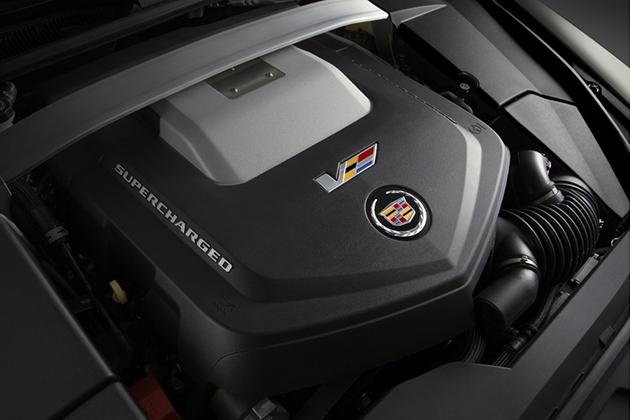 2015 Cadillac CTS-V Coupe 4