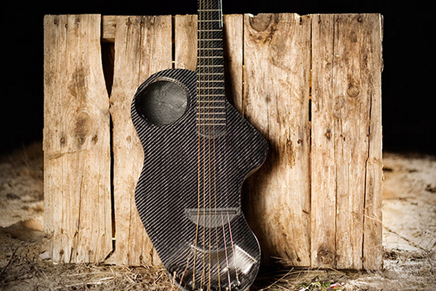 Alpaca Carbon Fiber Travel Guitar 2