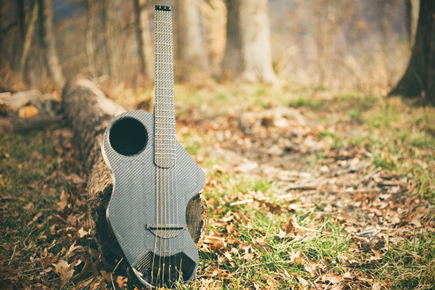 Alpaca Carbon Fiber Travel Guitar 4