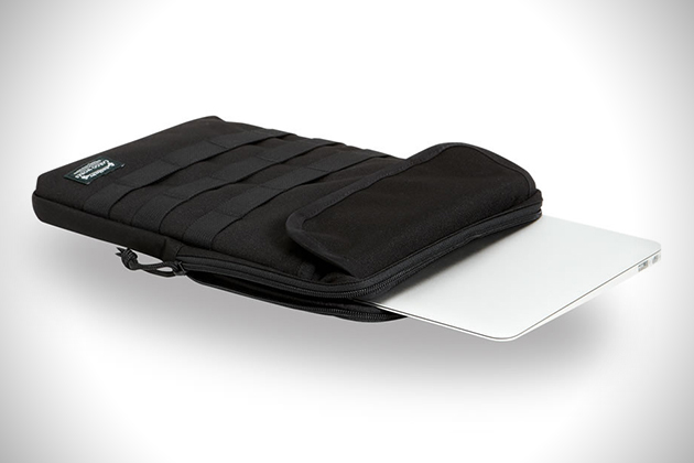 Cargo Works Tactical MacBook-iPad Sleeves 5