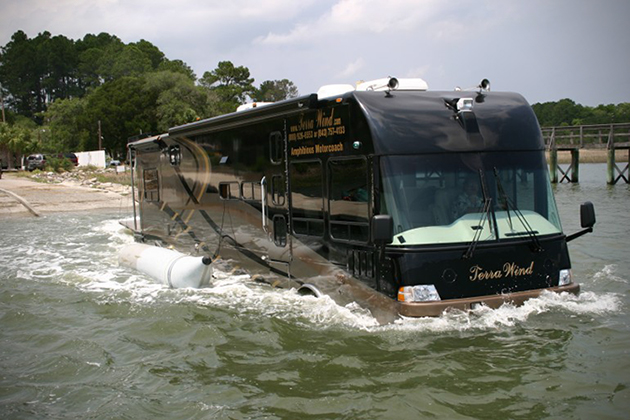 Terra Wind Amphibious Motorcoach 3