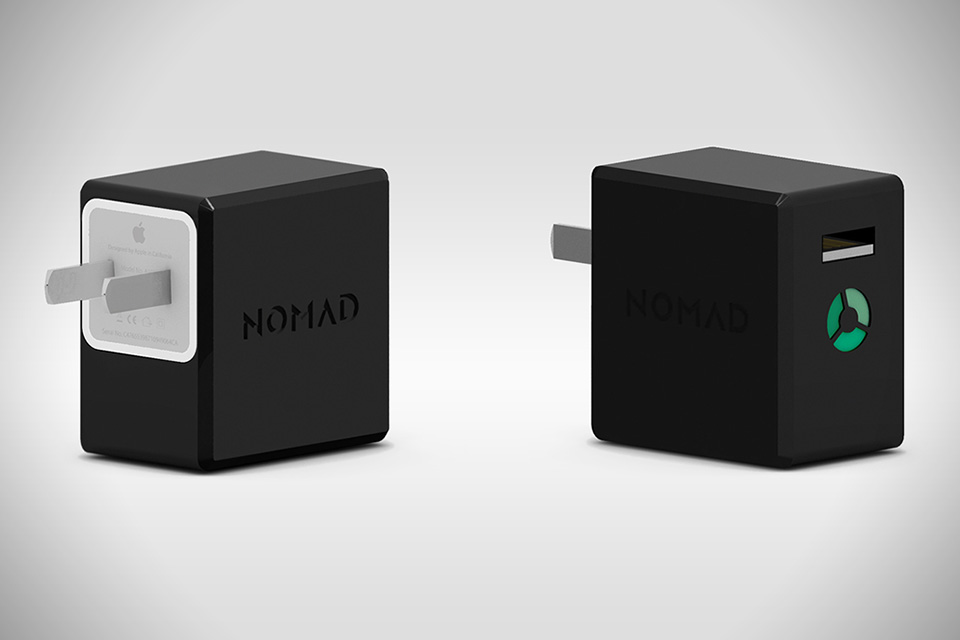 NomadPlus iPhone Charger And Backup Battery 2