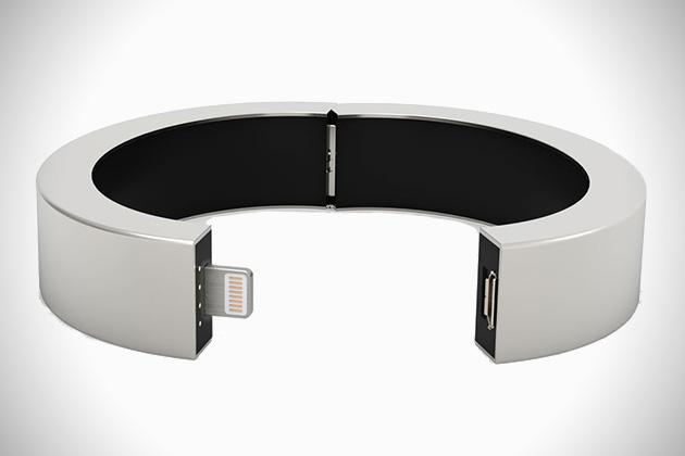QBracelet Wearable Battery Charger 1