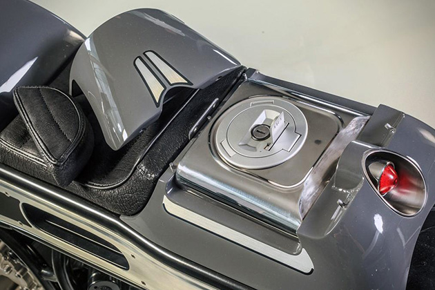 BMW K1600 by Krugger Motorcycles 4