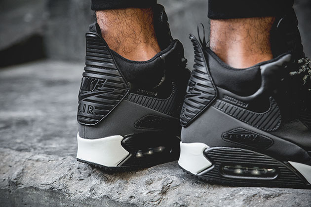 online store d391a a887d Nike Air Max 90 Sneakerboot Black Reflective 5