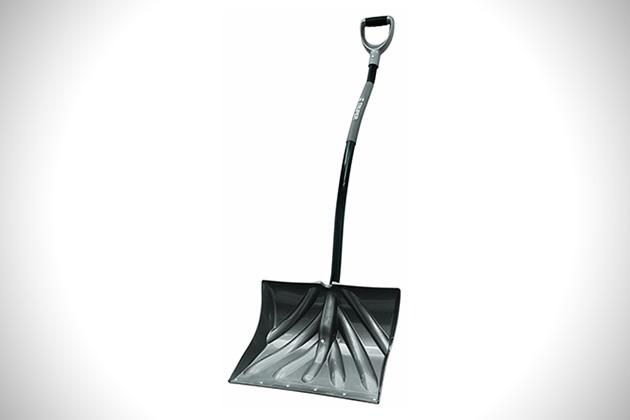 Truper 18-Inch Ergonomic Snow Shovel