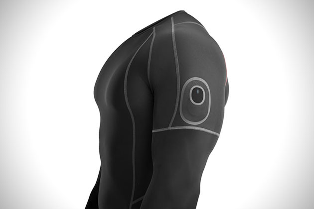 Athos Core- Fitness Tracking Apparel 2