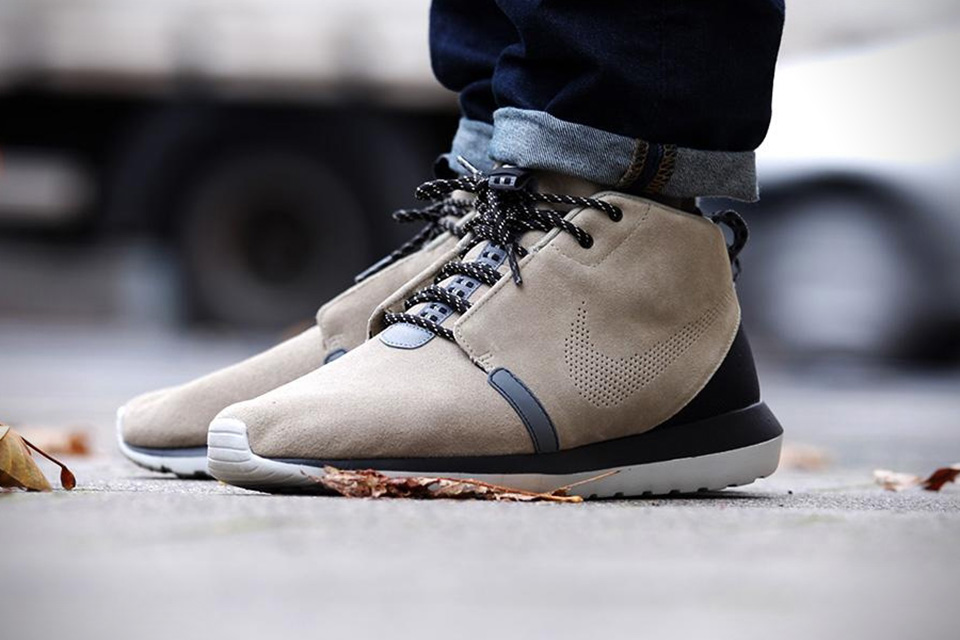 pretty nice 8db4e 9473c Nike Roshe Run NM Sneakerboot