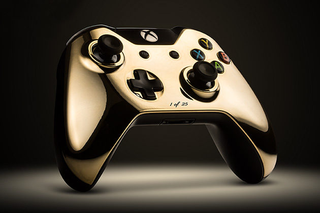 24k Gold Gaming Controllers by Colorware 3