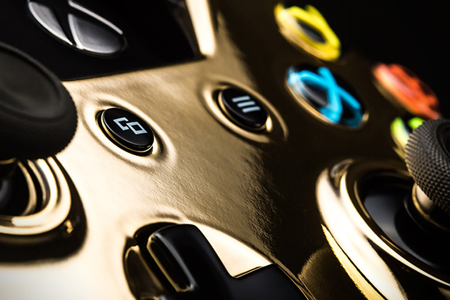24k Gold Gaming Controllers by Colorware 4
