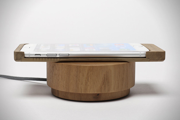 iPhone 6 Wood Shell Wireless Charger by Oree 2