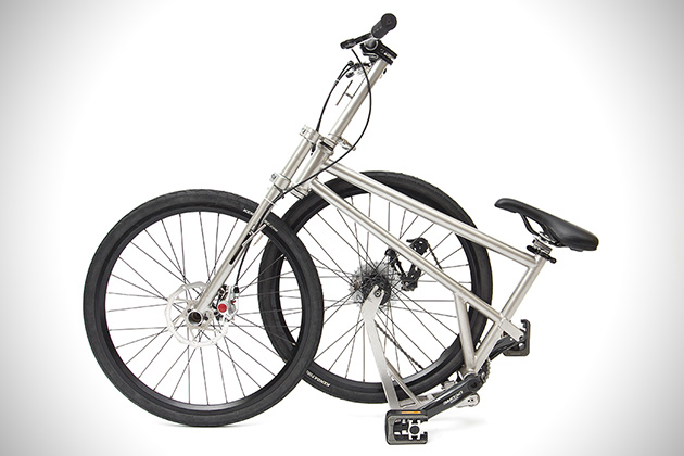 Helix Titanium Folding Bike 3