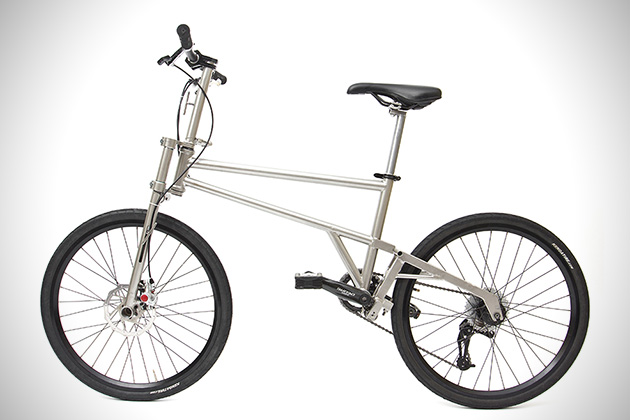 Helix Titanium Folding Bike 4