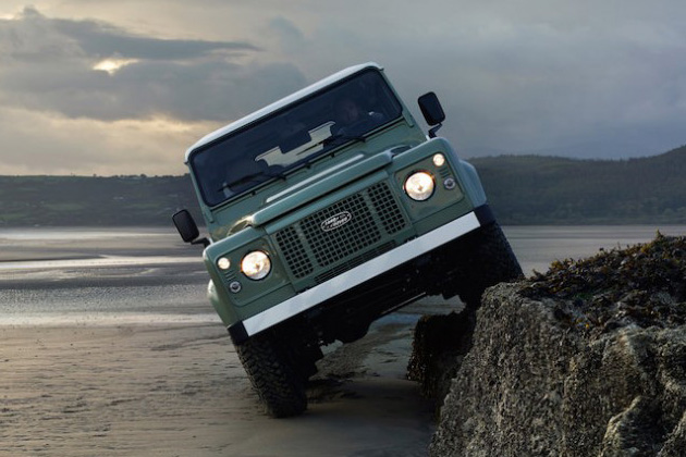 Land Rover Defender Heritage Limited Edition 2