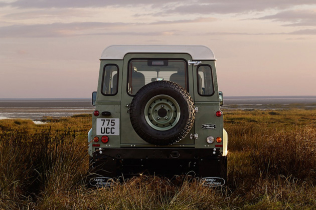 Land Rover Defender Heritage Limited Edition 8