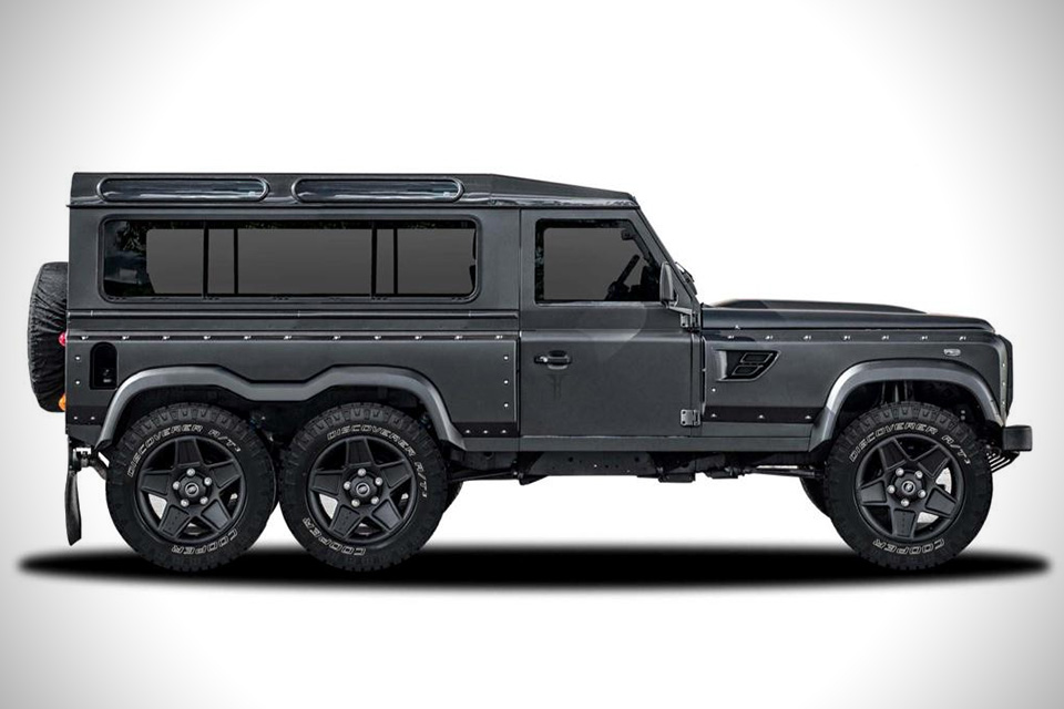 land rover defender flying huntsman 6x6 concept hiconsumption. Black Bedroom Furniture Sets. Home Design Ideas