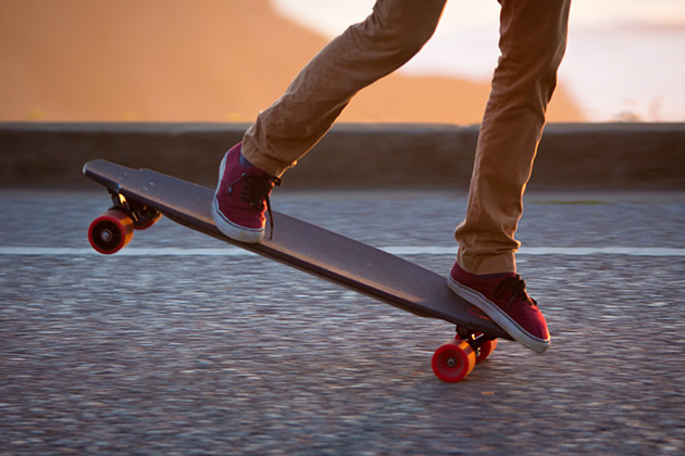The Monolith Electric Skateboard 3