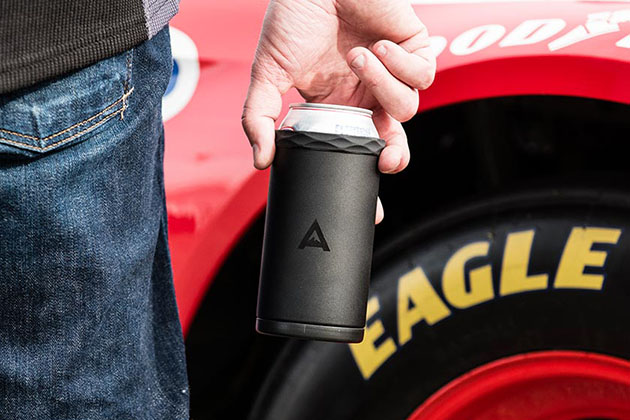 Arctican Can Cooler by Corkcicle 4