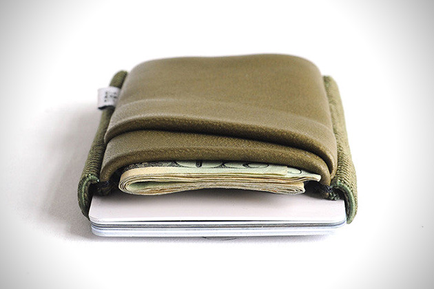 Clinton Hill Deluxe by Tight Wallets 2