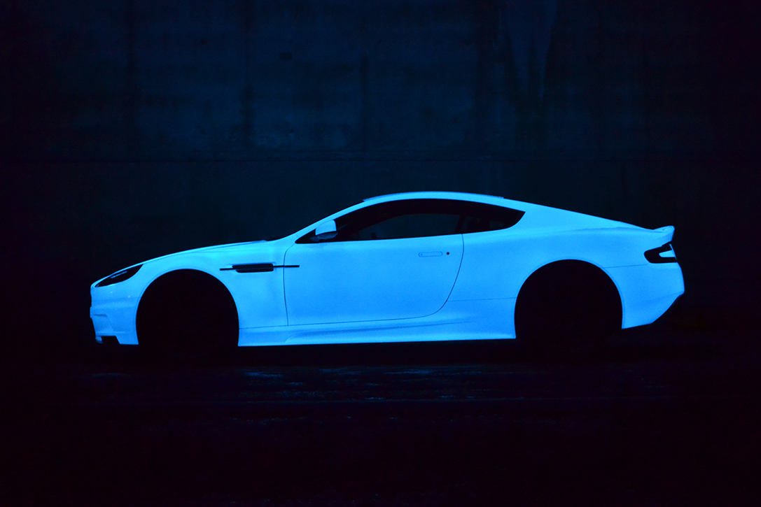 Aston Martin DBS V12 Glow by Nevana Designs 1