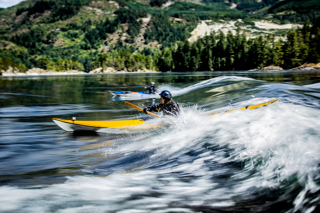 TRAK T-1600 Performance Folding Kayak 4
